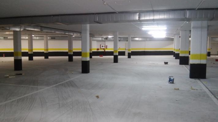 Pintura de garaje cheap pintar garaje y sealizacion en - Pintura suelo parking ...